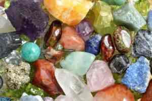 voyance-au-feminin-article-blog-lithotherapie-pierres-et-cristaux
