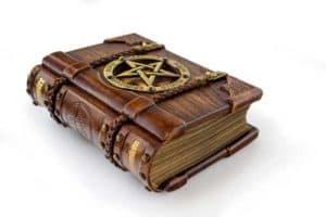 voyance-au-feminin-be-esoterisme-et-croyances-connaissances