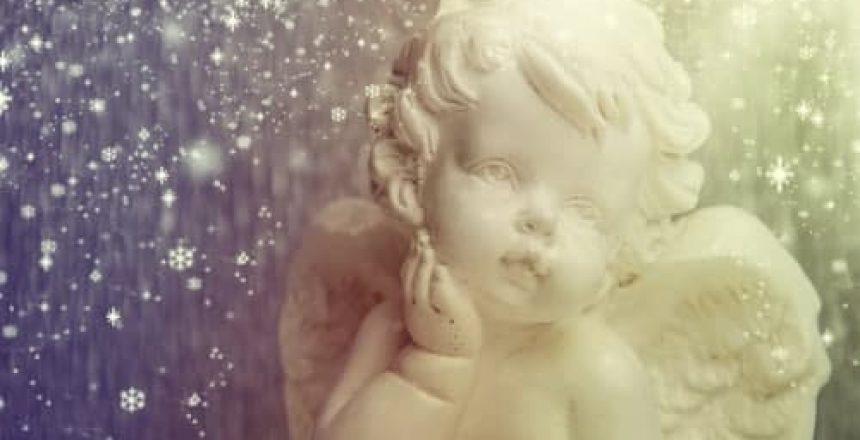 voyance-au-feminin-ch-les-anges-1er-degre